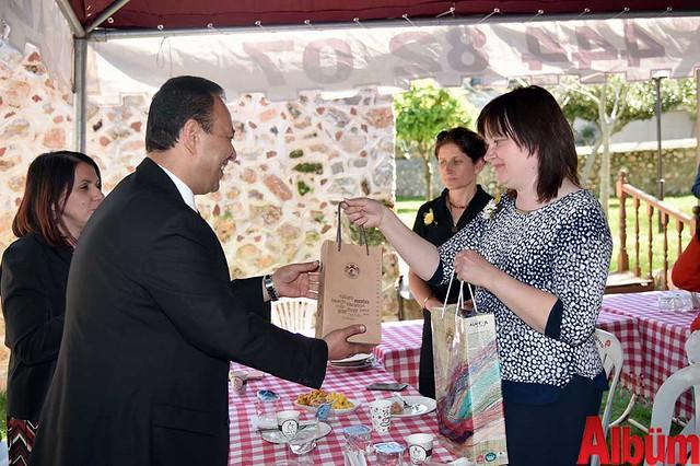 Kemal Atlı'da kültür alışverişi -2