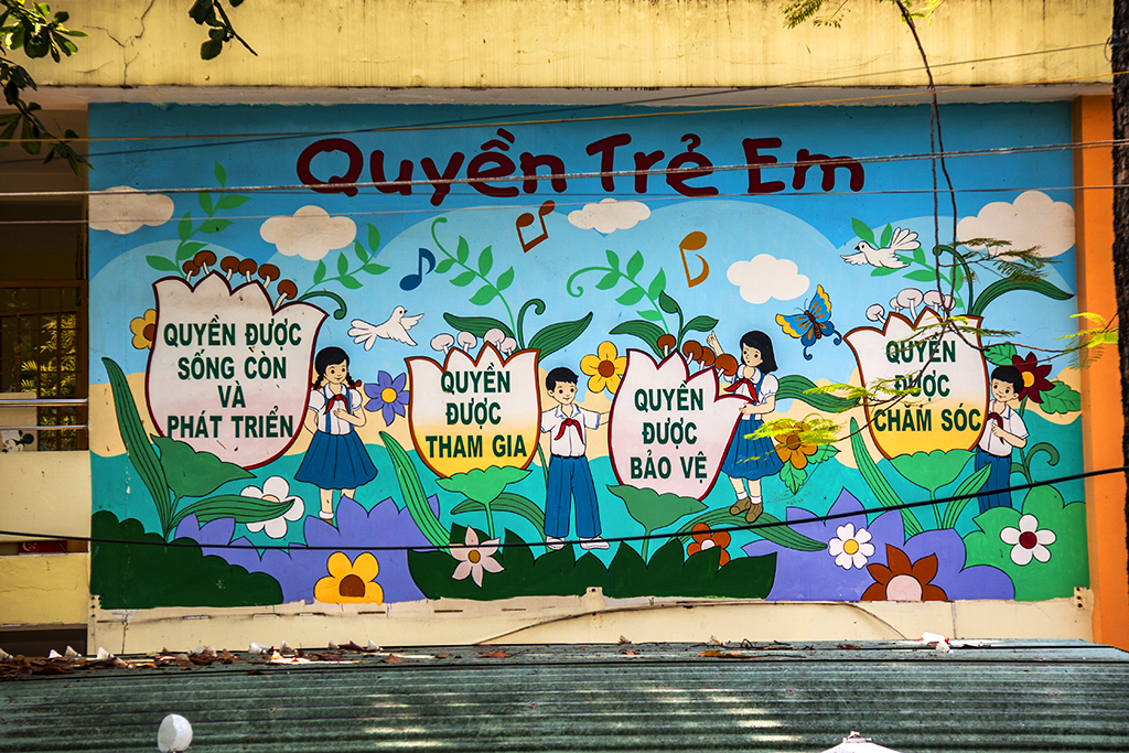 Quyen Tre Em--Saigon