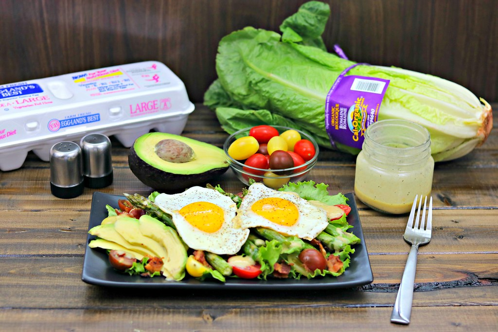 Egg & Asparagus BLT Salad