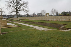 CORBIE COMMUNAL CEMETERY EXTENSION. - Photo of Franvillers