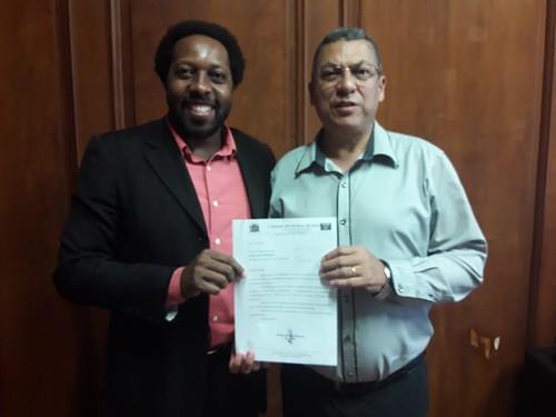 Munícipio de Franca - Vereador Pastor Otavio. Em reunião com o assistente técnico de gabinete Claudio da Silva