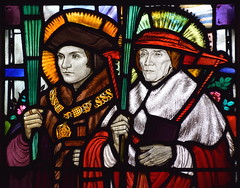 St Thomas More and St John Fisher with martyr's palms (Margaret Agnes Rope, 1931)