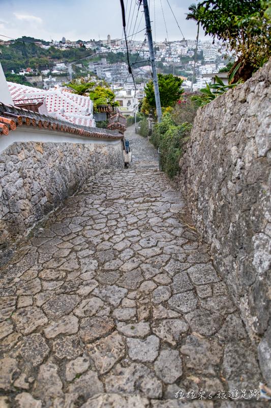 日本沖繩金城町石疊路