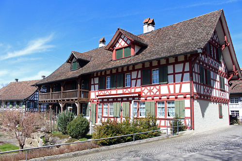 Im Dorf Ottoberg