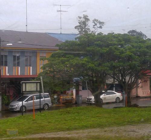 asia asean seasia malaysia malaysian malaypeninsula johor railway ktm tree building canadagood 2018 thisdecade color colour cameraphone