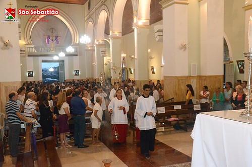 Católicos de Ipu participam da missa do lava-pés