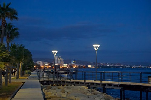 cyprus europe landscape limassol mediterranean path pier sea seafront skyline sunset travel trees water waterfront urban night nightshot photography lights streetlight shadows atmosphere sony6000 autofocus noflash nyandreas