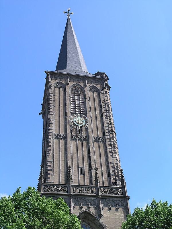 800px-NRW,_Cologne_-_St._Severin