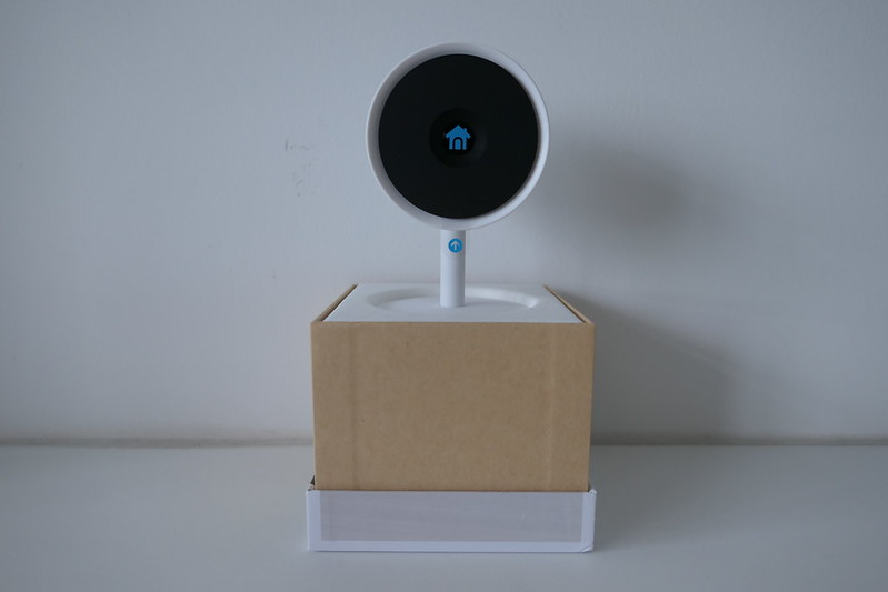 Nest Cam IQ Indoor - Box Open