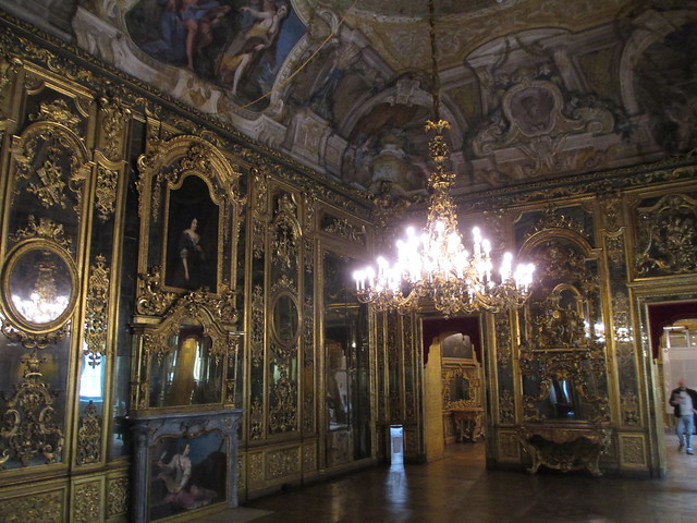 Turin: Palazzo Carignano, Canon POWERSHOT A4000 IS