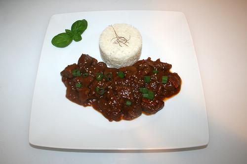 33 - Mongolian beef / Mongolisches Rindfleisch - Served / Serviert