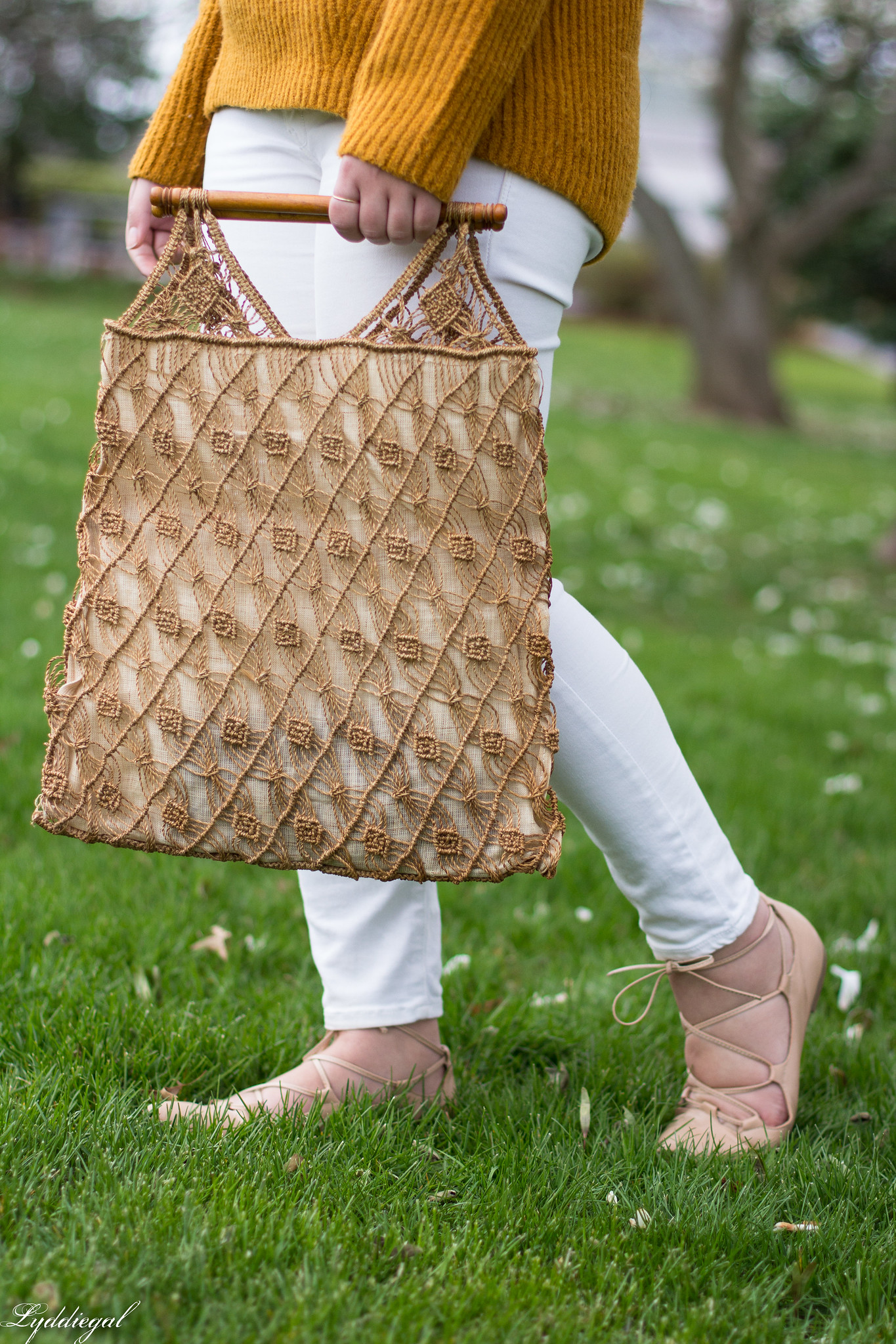 Rust orange sweater, white denim, vintage macrame bag-6.jpg