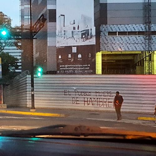 """""""El pueblo tiene hambre""""."""