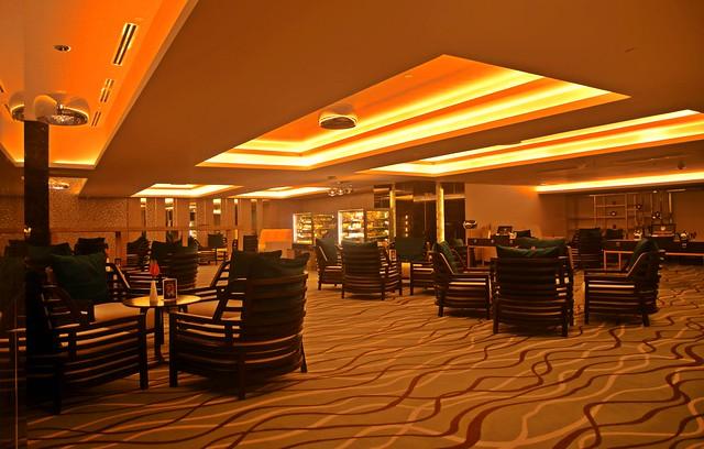 Bai Hotel Cebu - Lobby Lounge