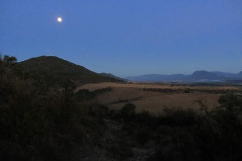 20121001 33 019 Jakobus Berge Morgenstimmung Berdun Mond