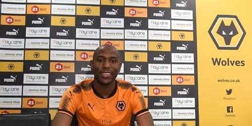 Wolves menandatangani Benik Afobe dari Bournemouth