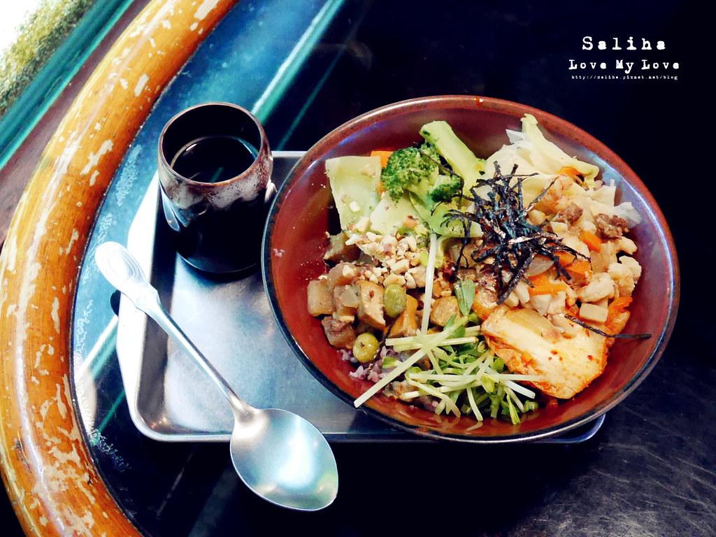 台北士林區天母ZABU食堂拌飯餐點午餐 (2)