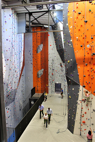 indoor climbing centre Alpamayo