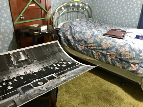 The Estate Sale: photo and bed