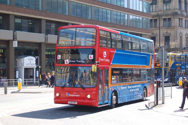 Stagecoach Manchester 17497 LX51 FMY, Nikon D50, AF Zoom-Nikkor 28-100mm f/3.5-5.6G