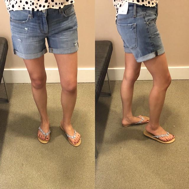 LOFT Denim Roll Shorts in Light Indigo Wash, size 24/00 regular