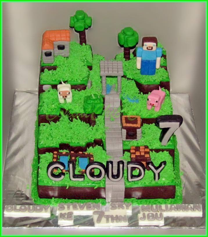 Cake Minecraft CLOUDY 15 cm