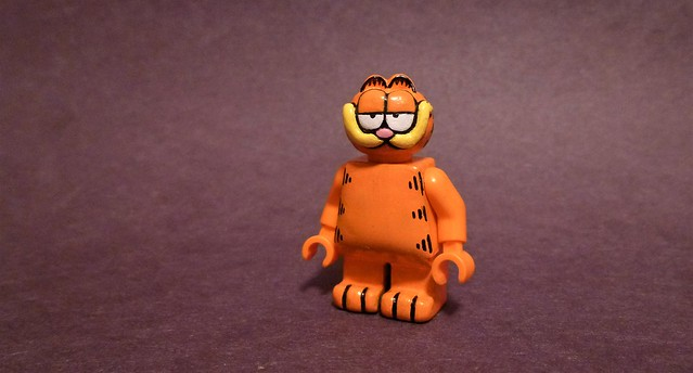 Custom Lego Garfield