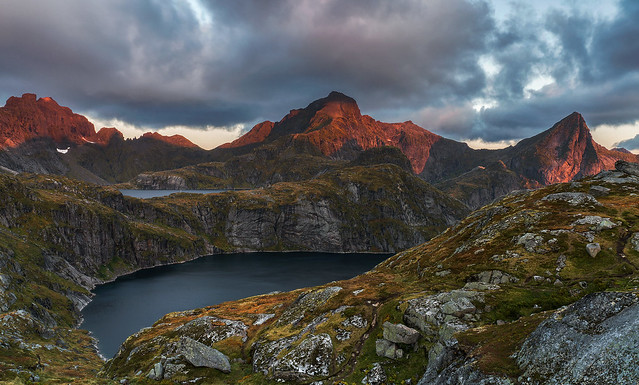 'Munkebu Dawn' - Lofoten Islands