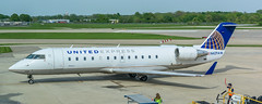 United CRJ-200 (AZO)