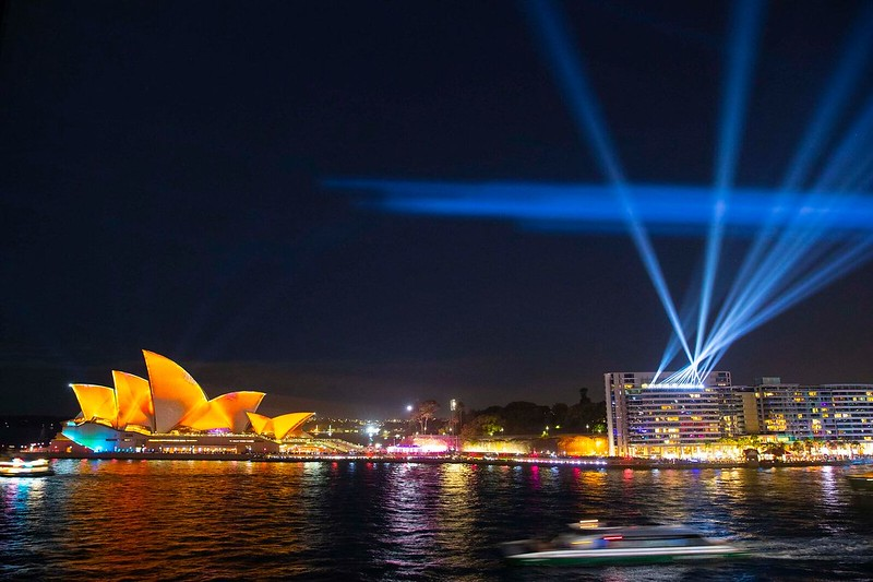 VividSydney2018_LightsOn_mediapreview_STEVECHRISTODestinationNSW_SC001_preview.jpeg