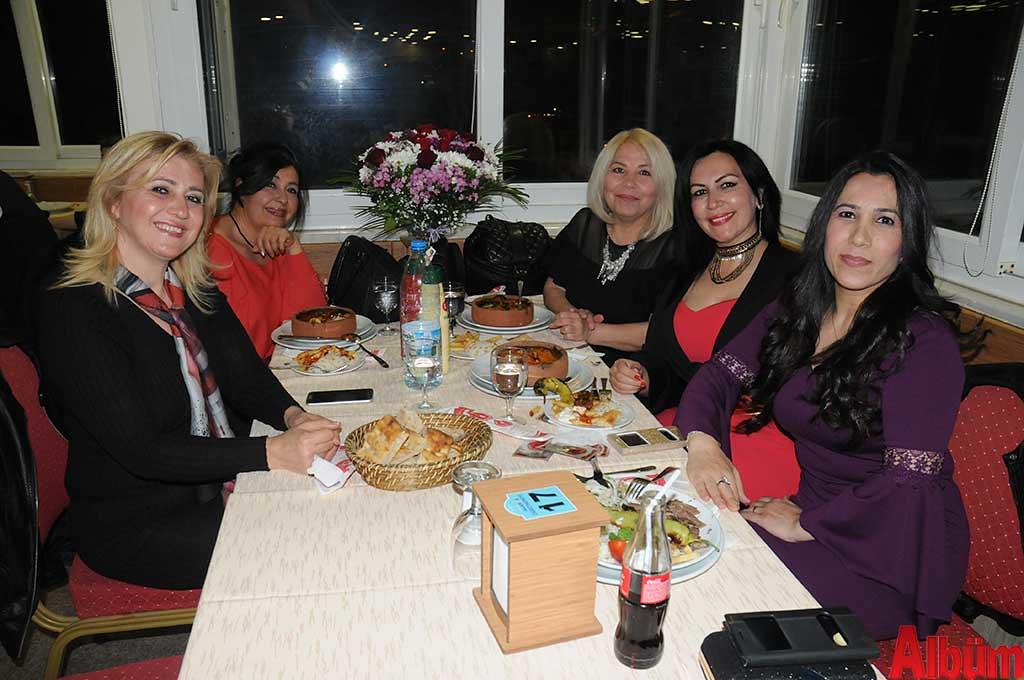 Sevgi Acarlıoğlu, Zahide Özcan, Süheyla Hürriyet, Sevilay Demir, Seher Yıldırımtürk