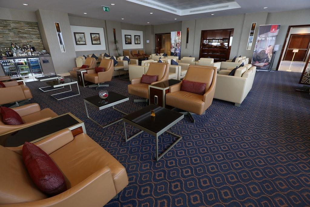 Emirates Lounge Milan MXP 43
