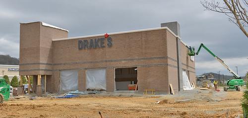 Drakes at the Pinnacle