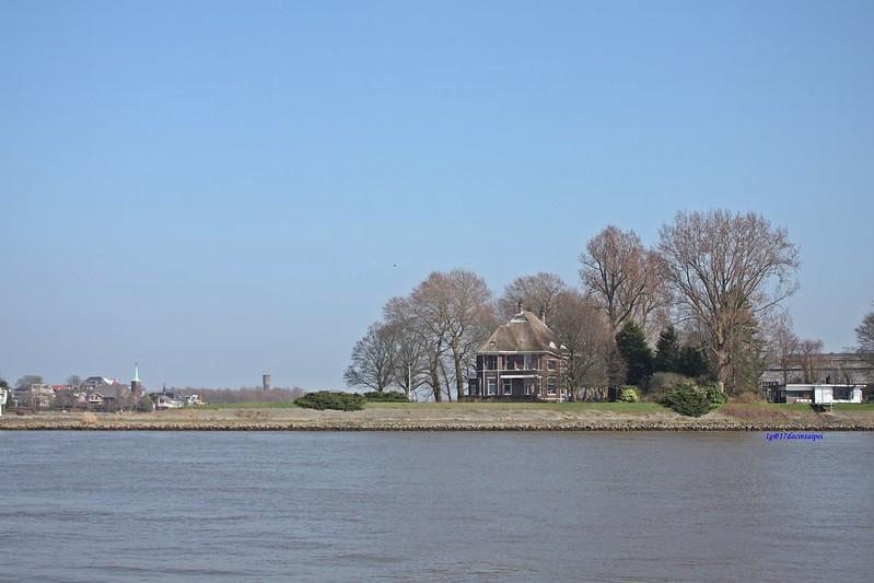 travel-Netherlands-Rotterdam-Kinderdijk-BLOG-17docintaipei (27)
