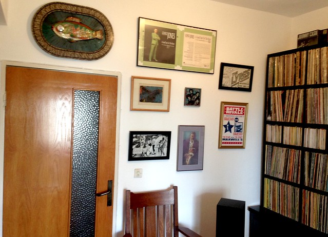 music room with artwork 1, Apple iPhone 5c, iPhone 5c back camera 4.12mm f/2.4