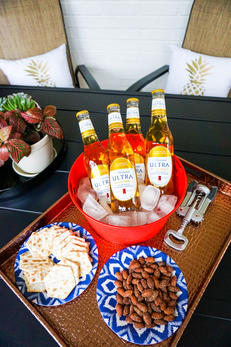 Michelob-ultra-pure-gold-beer-bottle-tray-snacks