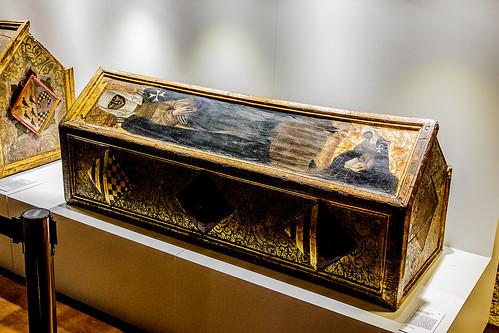 Monasterio de Sijena, Caja sepulcral de Isabel de Aragón (s. XV)
