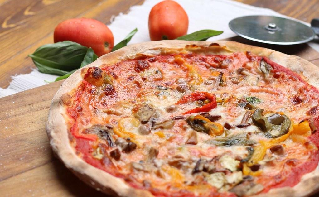 Bella Pizza_Ortolana pizza