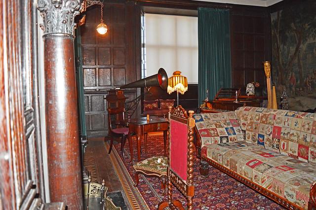 St Fagans Castle - Edwardian drawing room