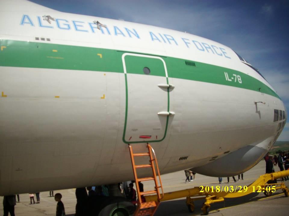 أكبر و أضخم موسوعة صور لطائرات النقل و الشحن الجزائرية AAF- iL 76/ iL 78 - صفحة 37 41727250544_2d27132350_b
