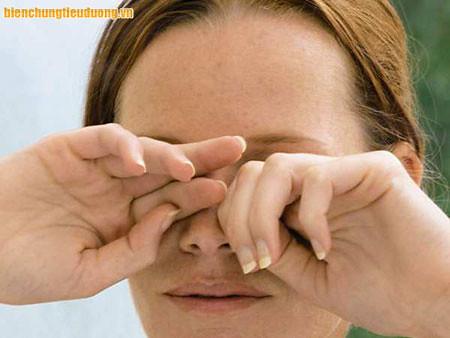 Bệnh lý võng mạc tiểu đường có thể gây mù lòa