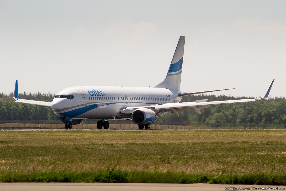 Boeing 737-800 SP-ENZ Enter Air