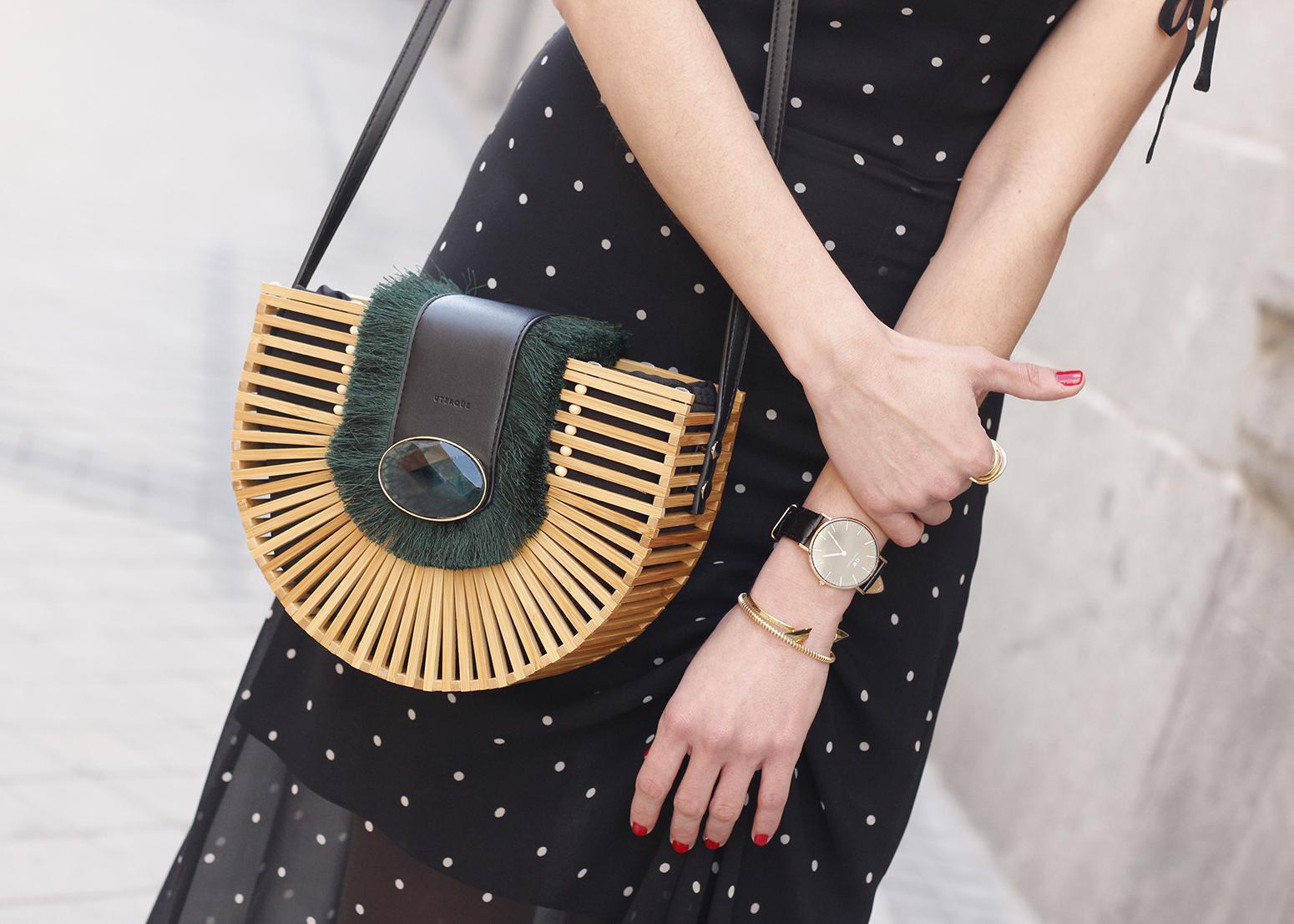 polka dot dress uterqüe jewel heels denim jacket outfit street style bamboo bag11