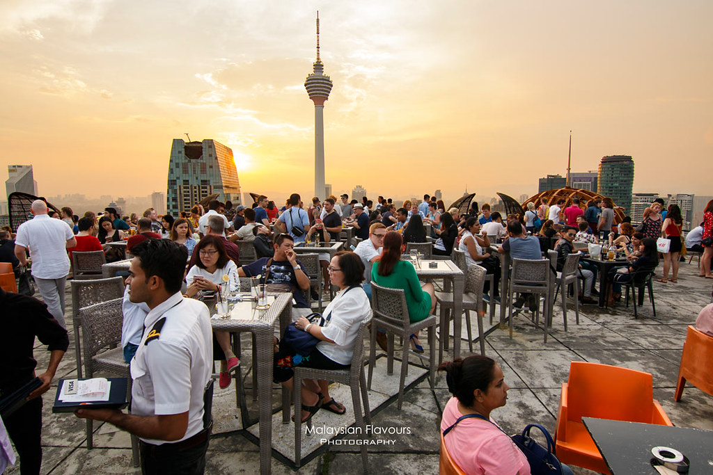 Heli Lounge Bar KL : Rooftop Bar on Helipad with 360° Views of KL on