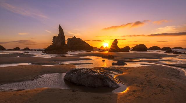 Sunset Colors at Ocean (Bandon Beach, Oregon coast)