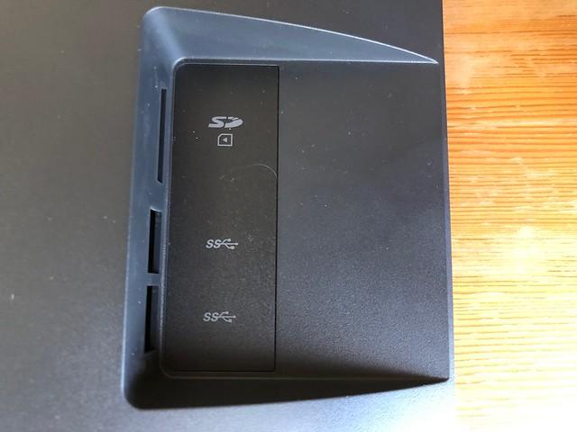 BenQ SW240 カラーマネジメントディスプレイ