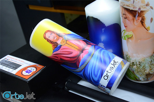 Printing on wax candles