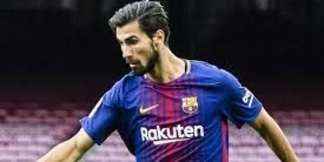 Tottenham Hotspur Akan Memboyong Gelandang Barcelona Musim Depan