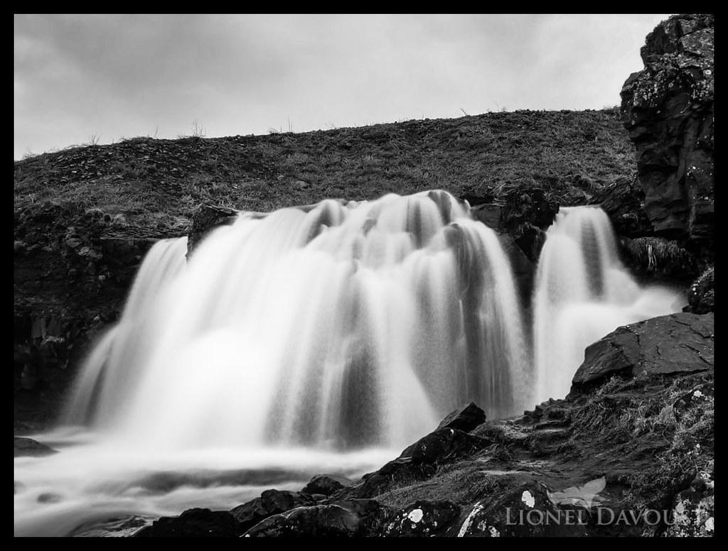 The waterfall at Kjósarherppur