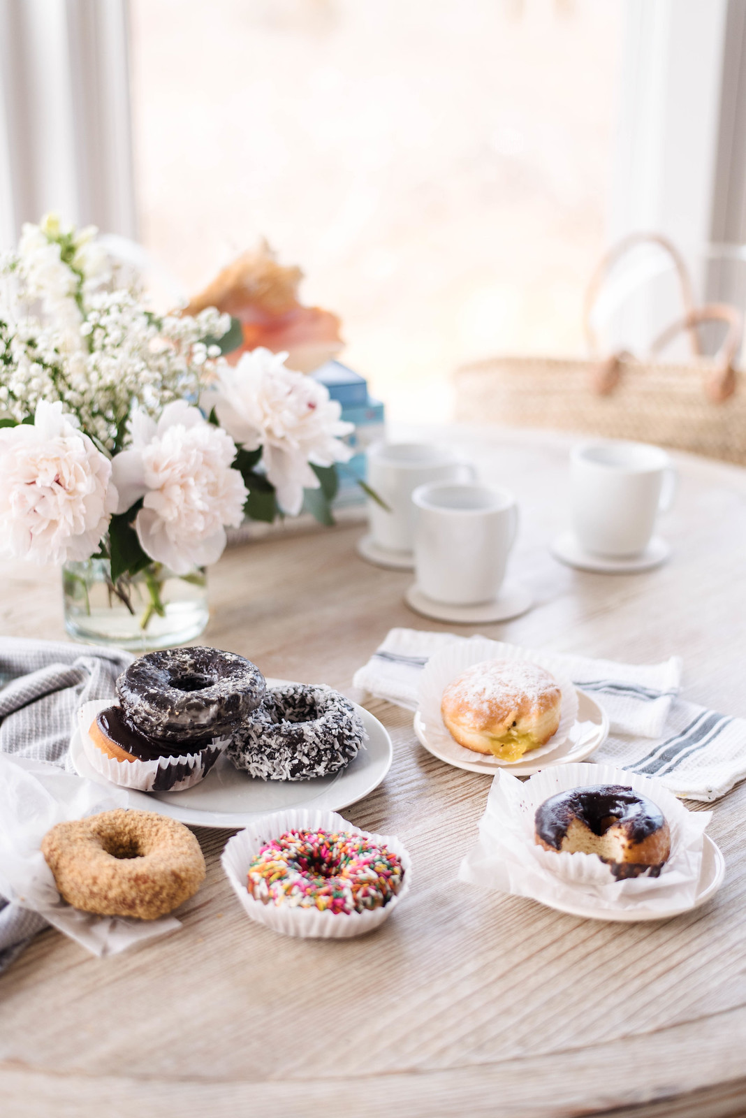 Donuts by the seaside on http://juliettelaura.blogspot.com/